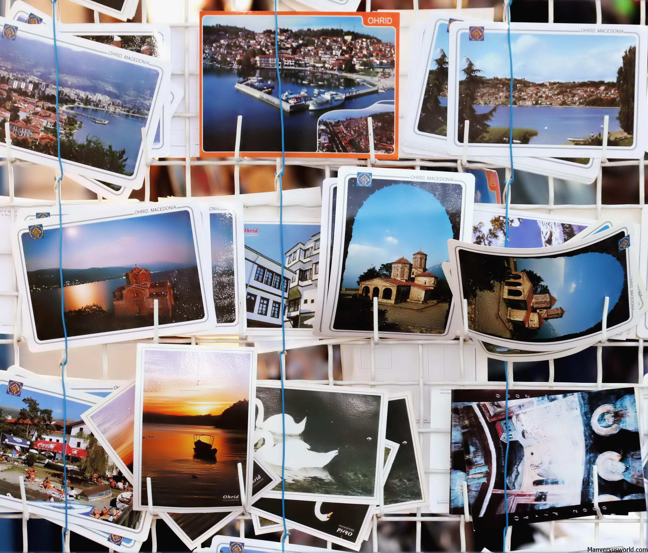How to Create Your Own Travel Photo Book